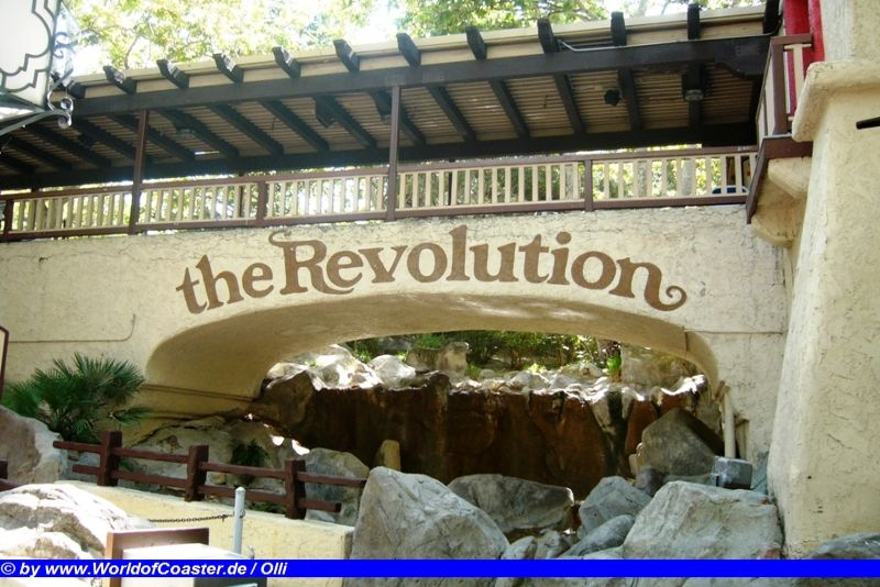 Revolution @ Six Flags Magic Mountain