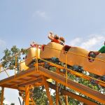 Holiday World - Howler - 008