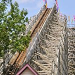 Holiday World - The Legend - 002