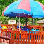 Holiday World - 011