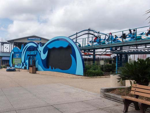 Wave Breaker @ Sea World San Antonio