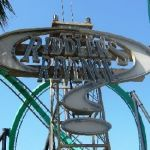 Six Flags Magic Mountain - Riddlers Revenge - 001